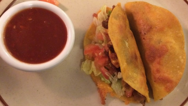 El Rialto Restaurant & Lounge: Home to my Favorite Tacos!